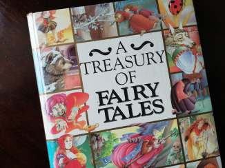 Childhood Reads - A Treasury of Fairy Tales - Bookbed