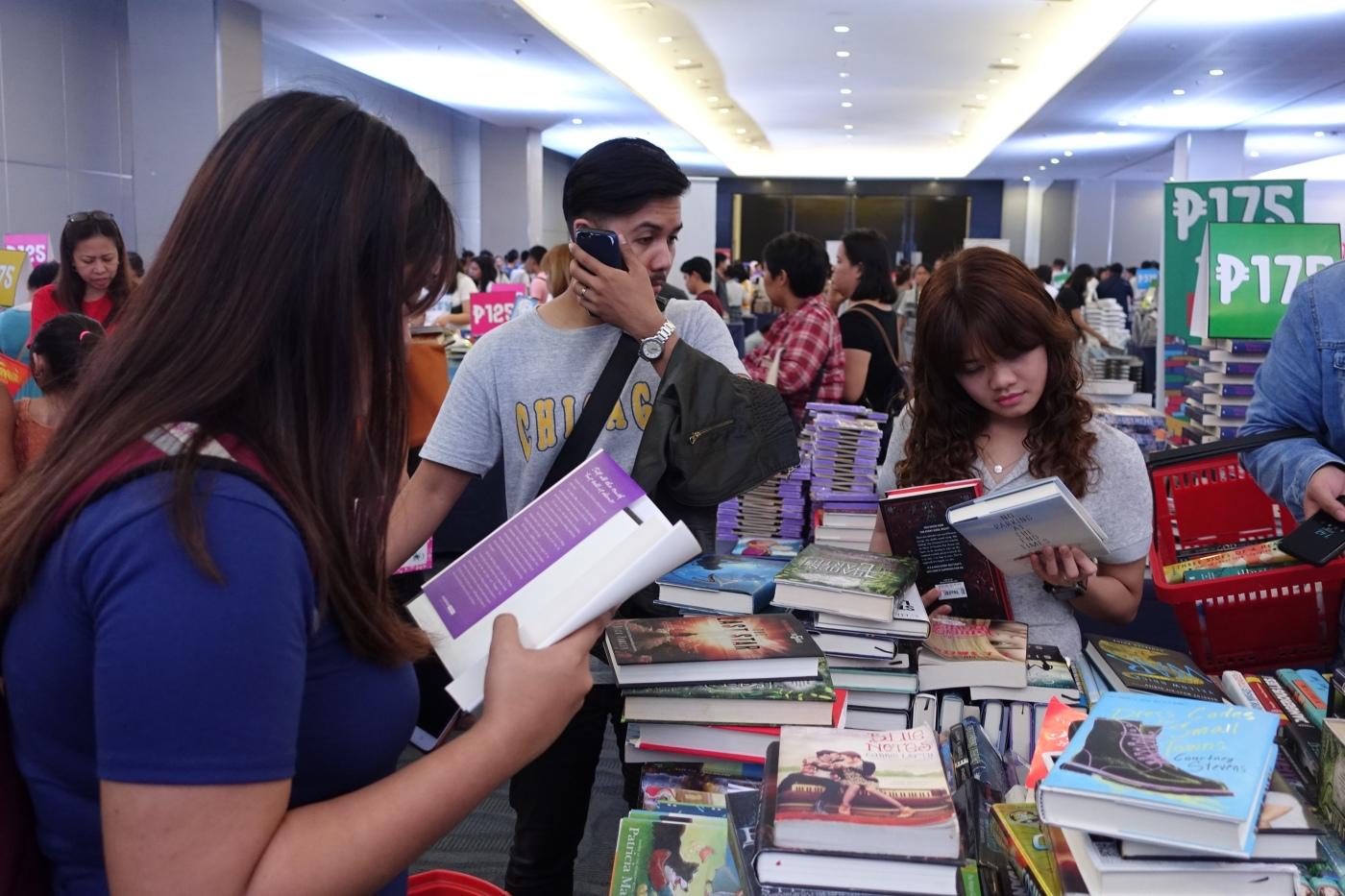 NBS BookBingeBazaar - Bookbed
